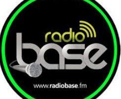 ELIA CAPRERA E LA SUA PICCOLA POESIA A RADIO BASE FM